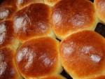 Домашние булочки с изюмом