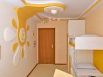 как украсить потолок в детской