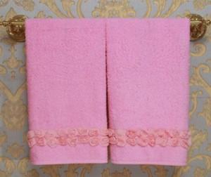 Полотенца в ванную